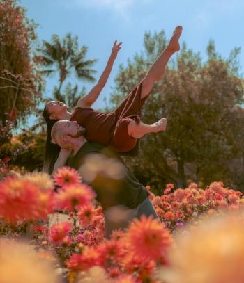 Credit_Adrien_Padilla_%E2%80%93_Dancers_Ellen_Akashi_and_Samuel_DeAngelo